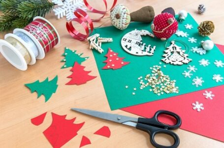 What Are Some Good Christmas Crafts?