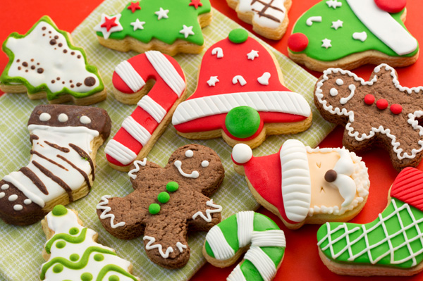 bake christmas cookies
